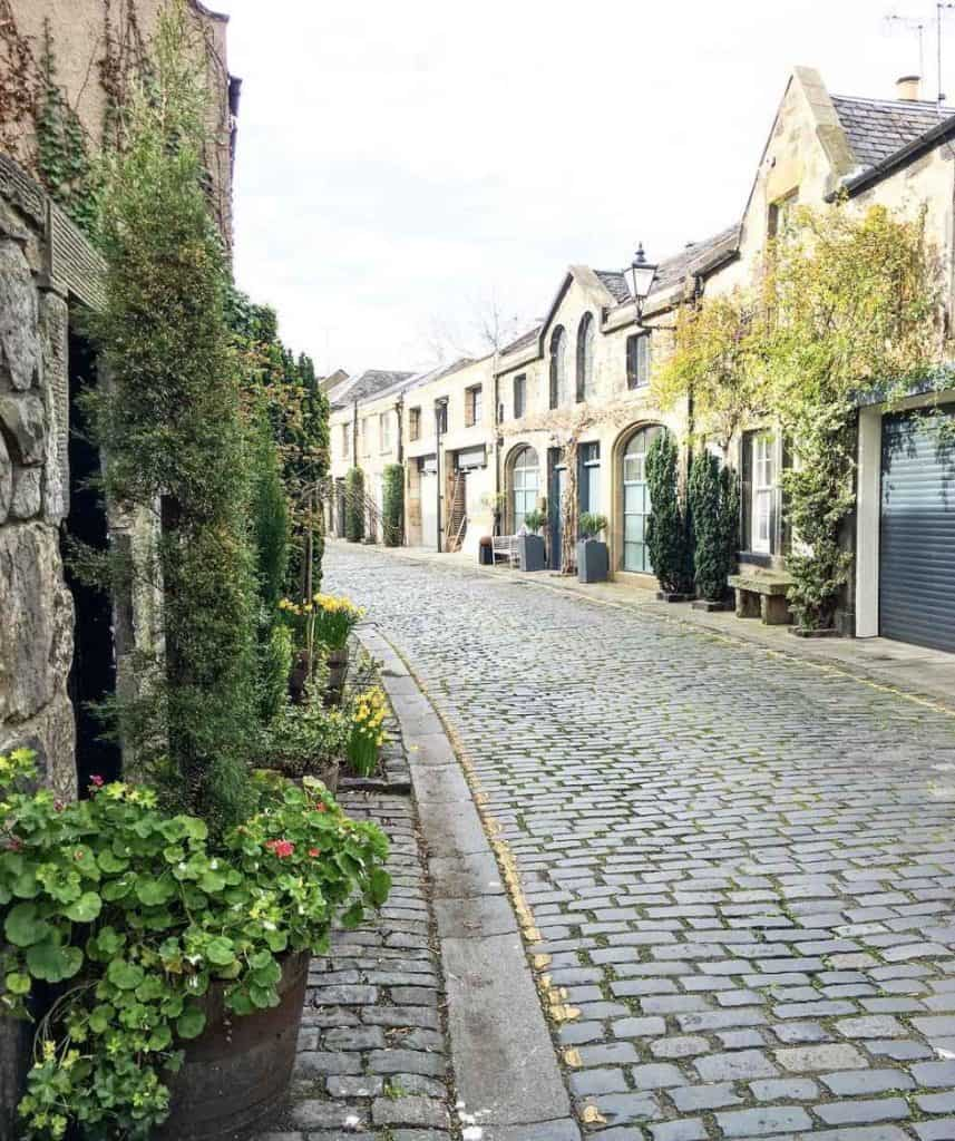 Most Instagrammable spots in Edinburgh, Scotland - tips from a local