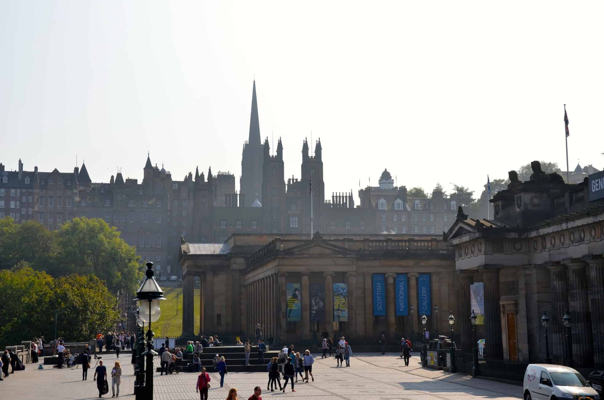 The ultimate guide to Edinburgh, Scotland: Edinburgh travel tips