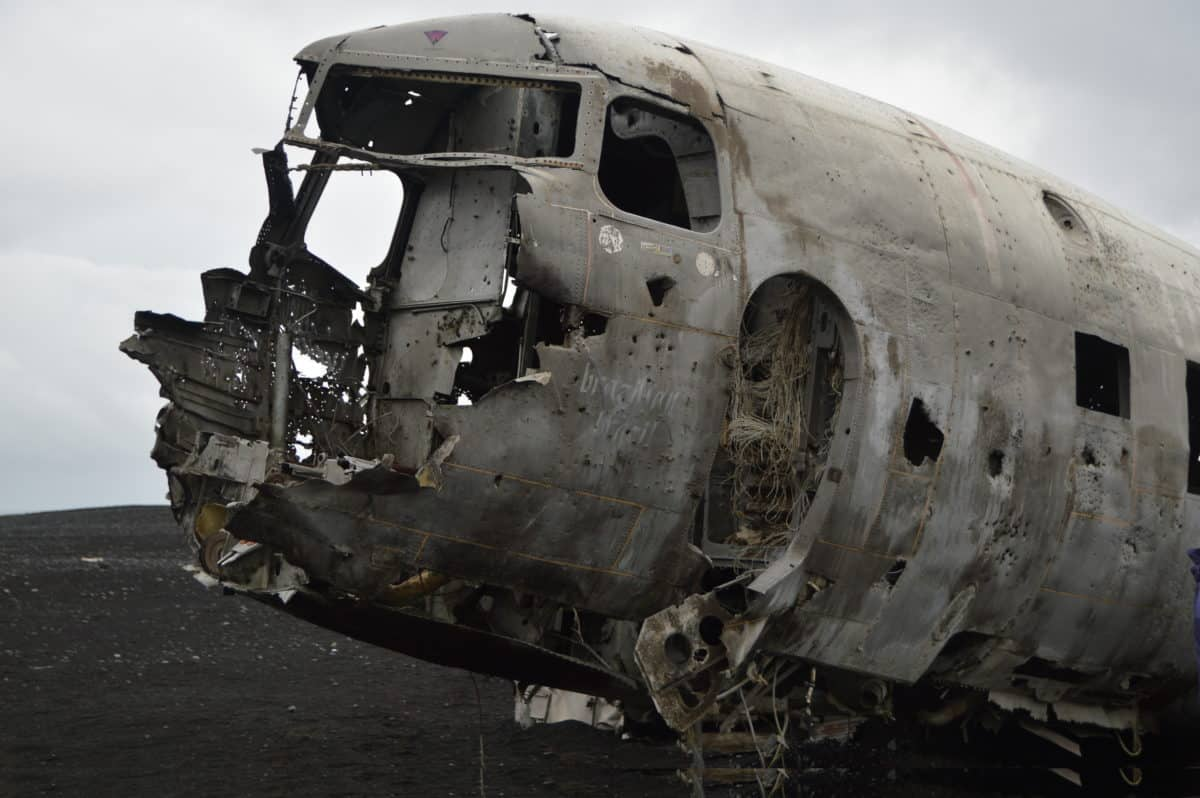 Wrecked plane Iceland