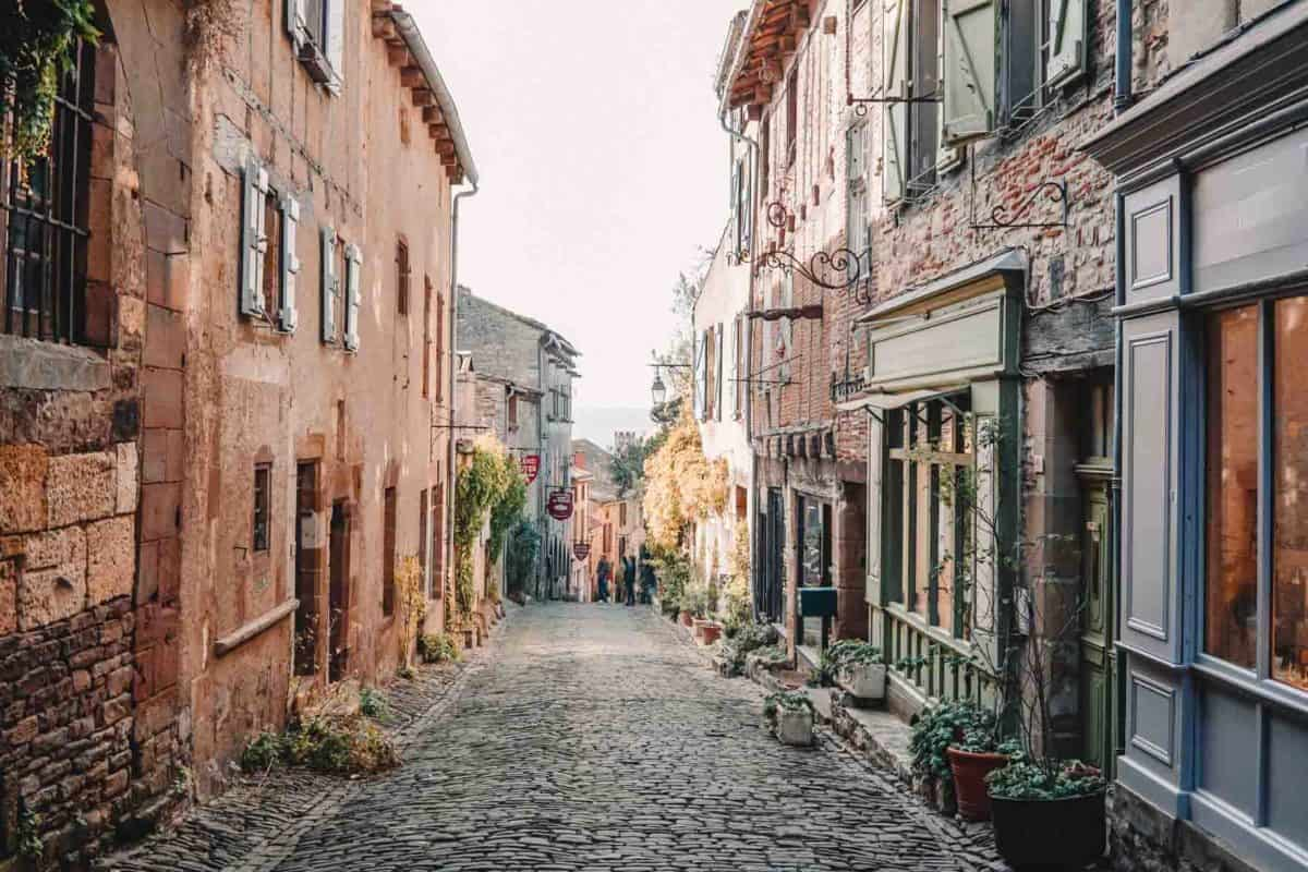 5 charming villages near Toulouse, France | Midi-Pyrenees villages
