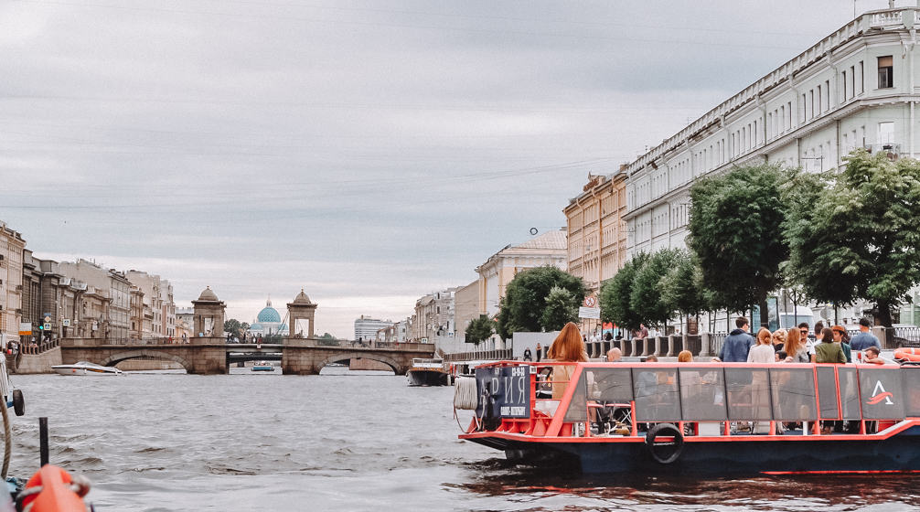 canal cruise Saint petersburg