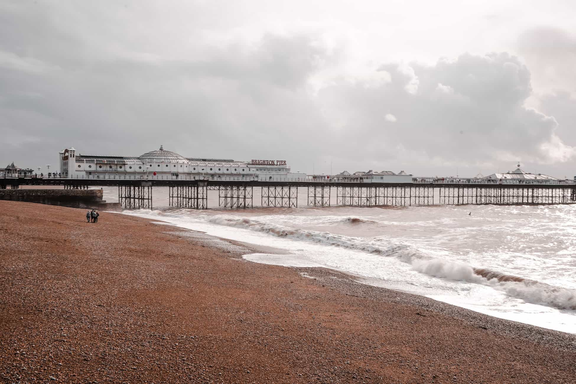 Brighton in one day: tour, yoga, sauna