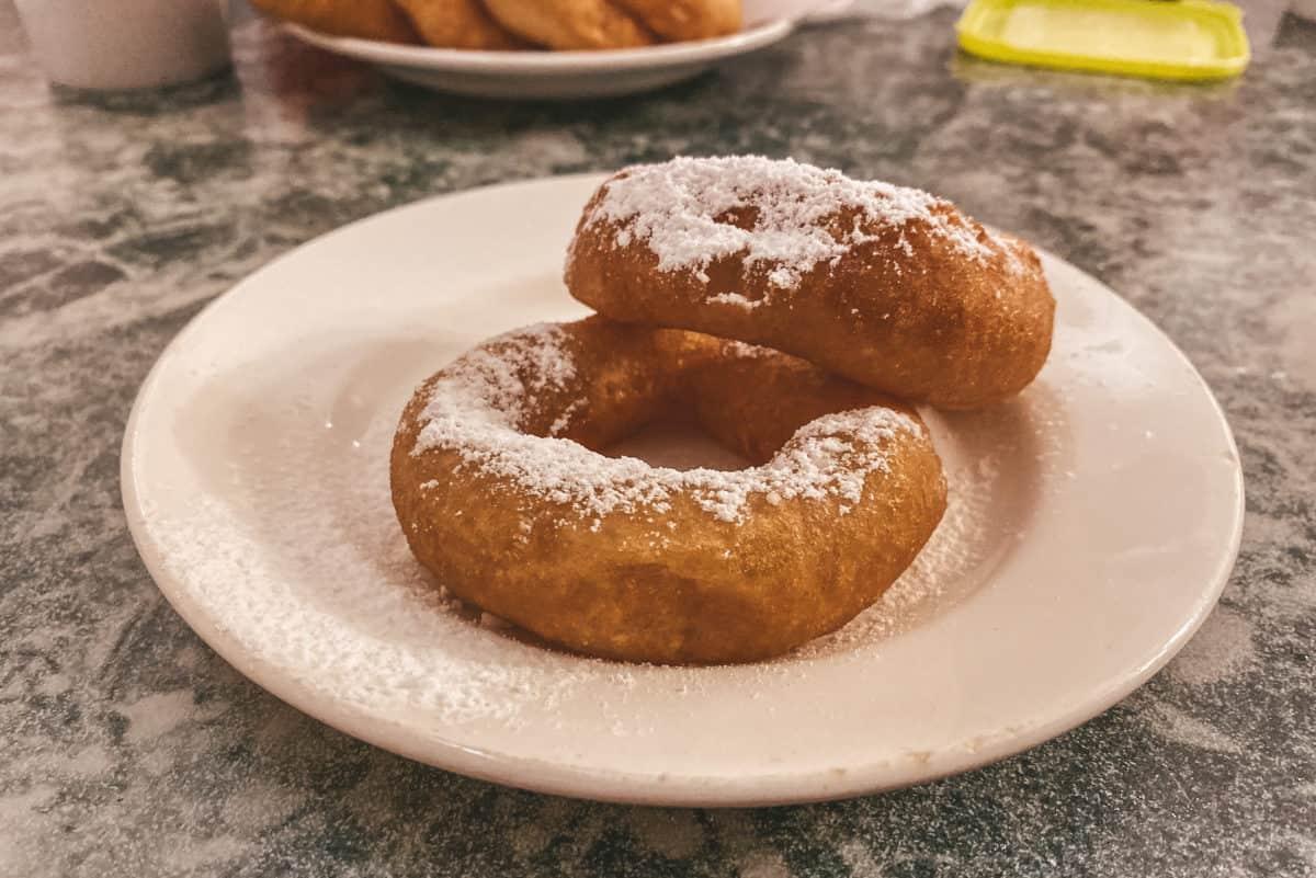 Best Russian desserts to try in St. Petersburg - Pyshki
