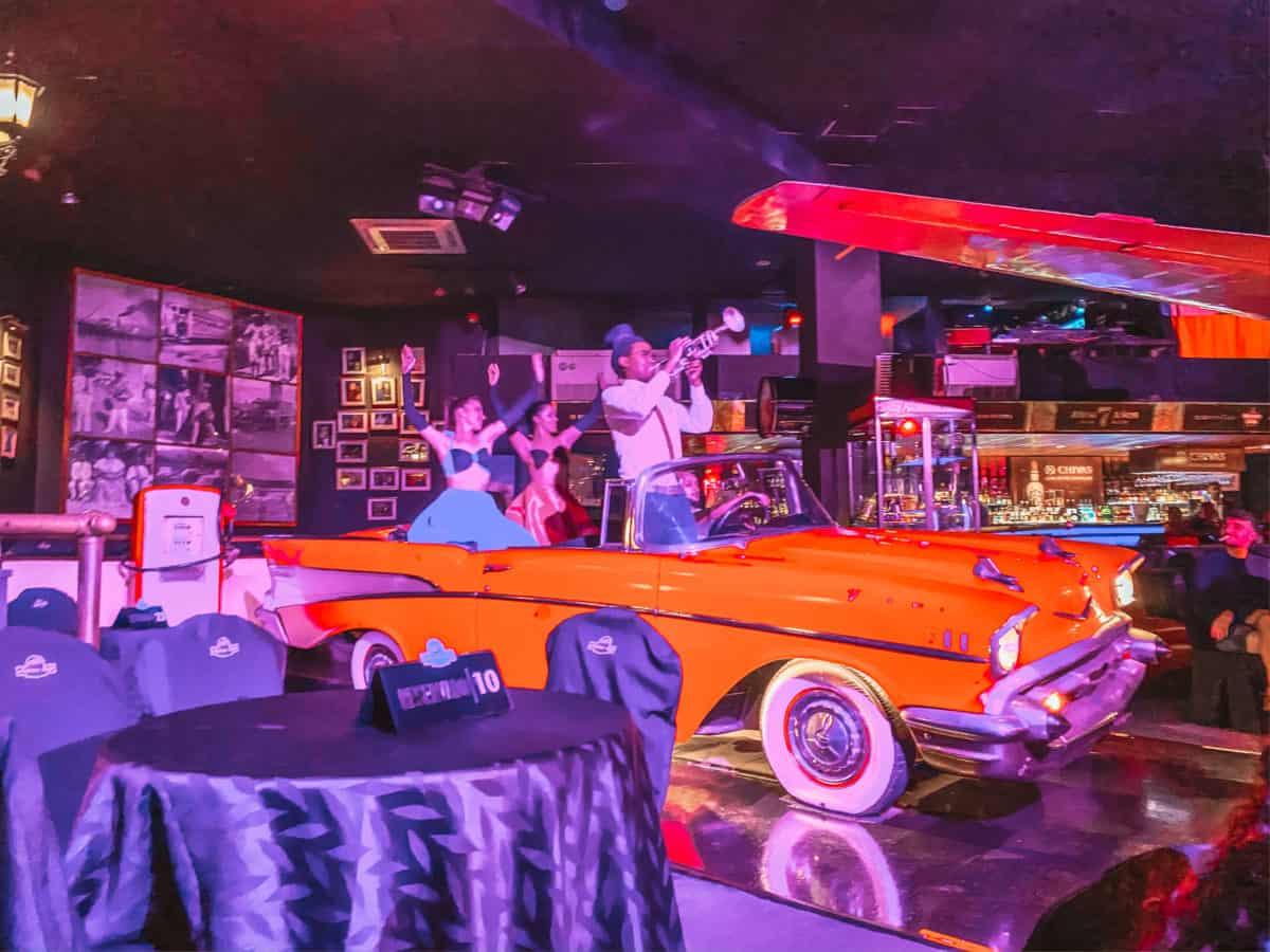 Show in Cafe Havana