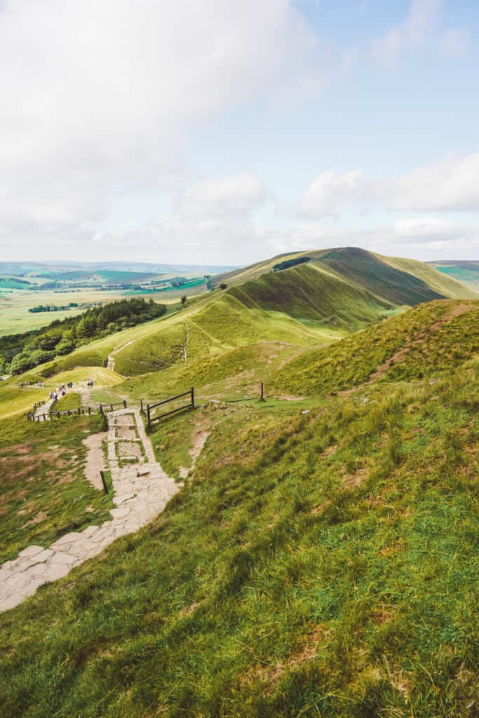 The best hike in Peak District: Castleton, Mam Tor and Great Ridge