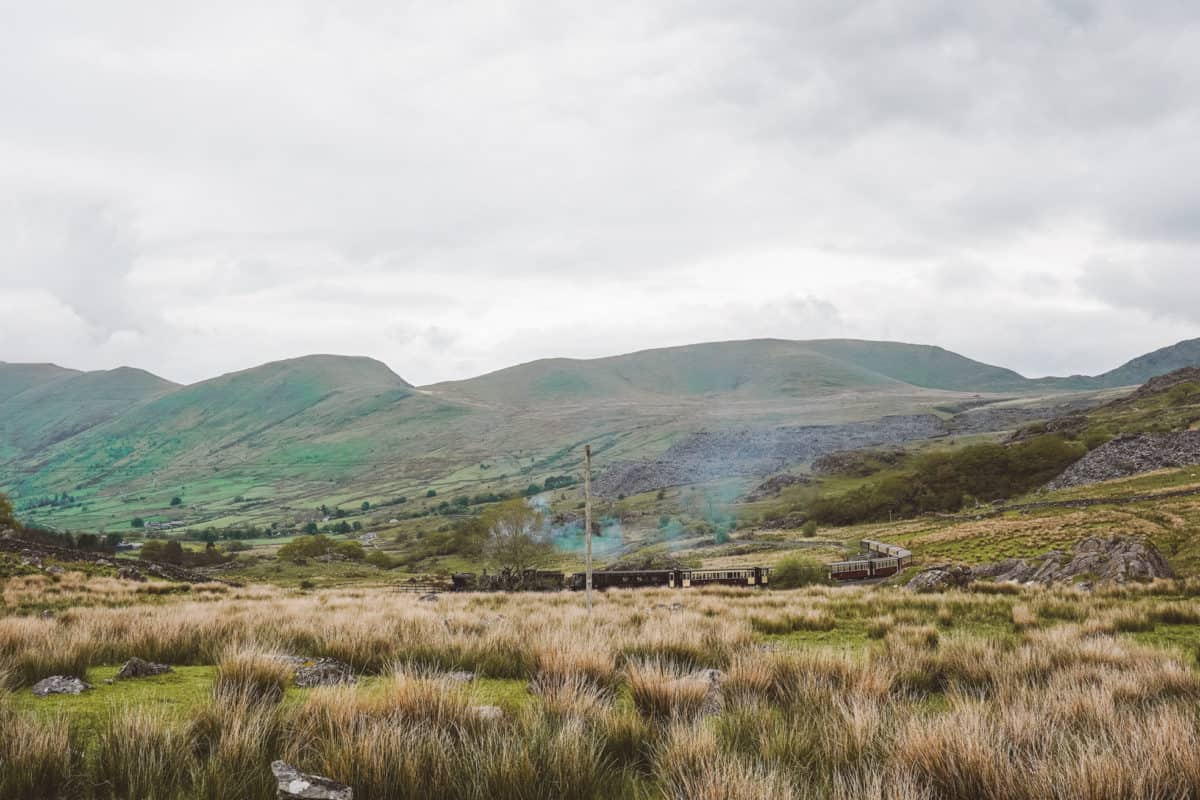 The best first-timer's hike in Snowdonia. Hiking Snowdon (easy & difficult options)